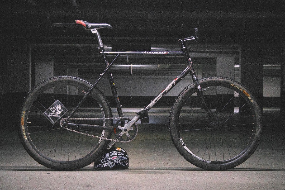 6b721f2e17c GT Karakoram 1998 : FixedGearBicycle